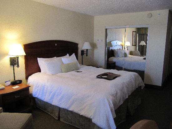 Hampton Inn Ft. Walton Beach: Bed