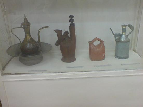 ซูดาน: ethnography, museum, water jugs