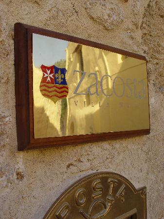 Zacosta Villa Hotel: Welcome to the Zacosta