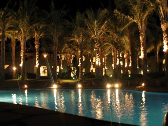 Rixos Sharm El Sheikh : piscina secondaria davanti la nostra stanza