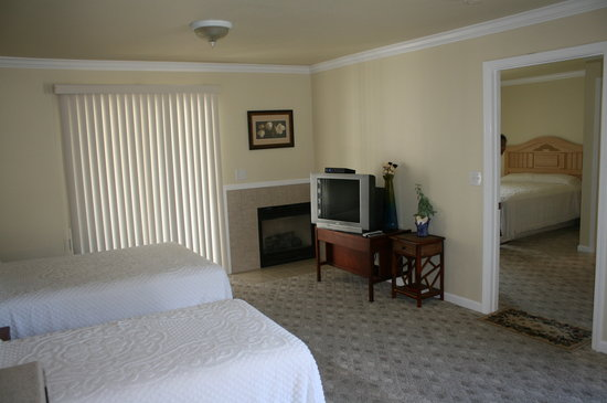 Monterey Fireside Lodge: Guest Suite