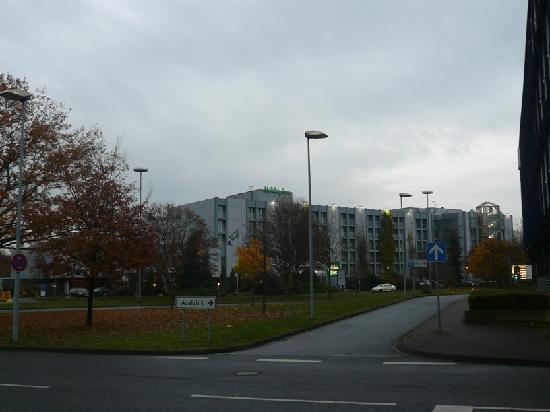 Leonardo Hotel Hannover Airport : ホテル外観