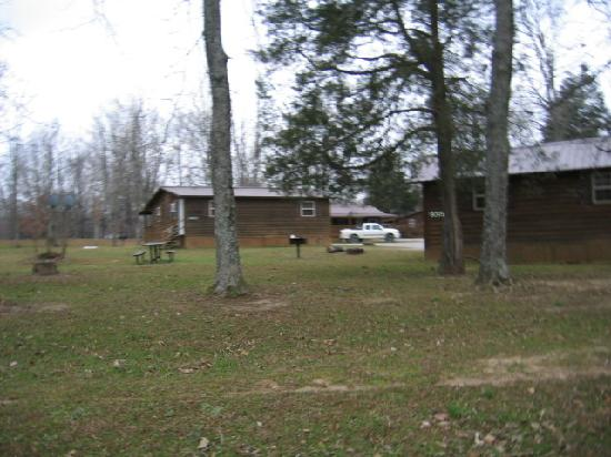 Camp Carlson Army Recreational Area : Grounds 3