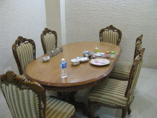 Hotel Mehar Castle: Small dining room