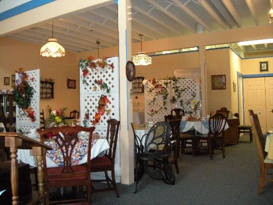 The Butterfly Tea Room: Dining Room