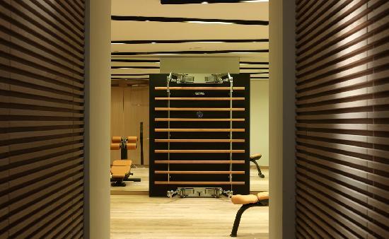 The Met Hotel: Gym