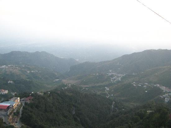 GMVN Garhwal Terrace: ciew from hotel