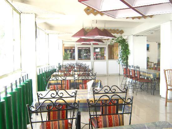 GMVN Garhwal Terrace: resturant