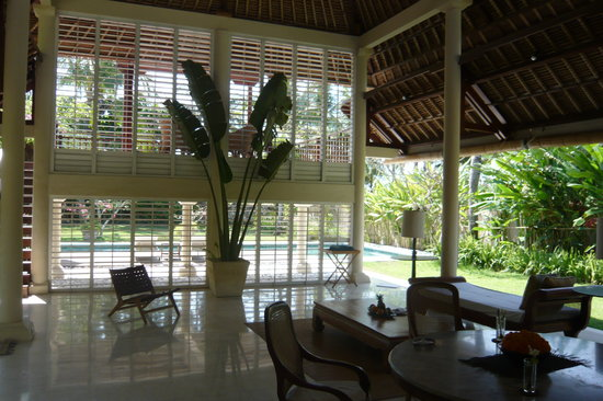 Jimbaran Alamanda Villa: living area