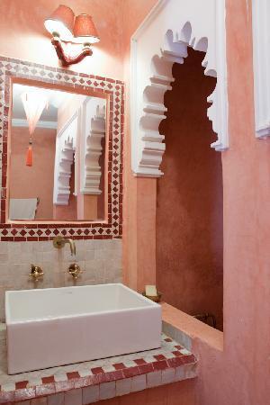 Riad Nakhil: Suite Rubis - Salle de bain