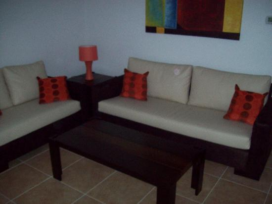 SunLake Condominiums Resort : Sitting area at entrance
