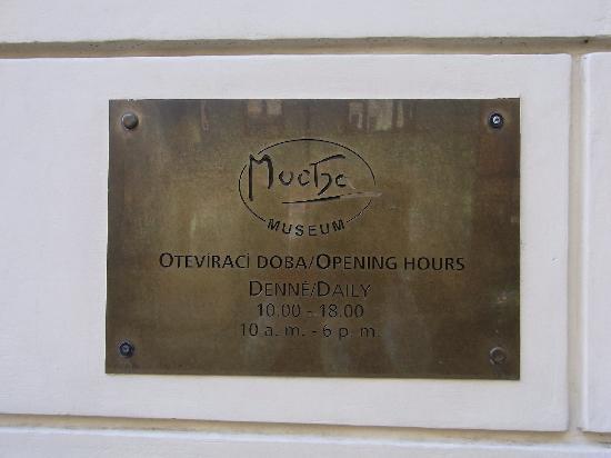 Mucha Museum: 看板です!