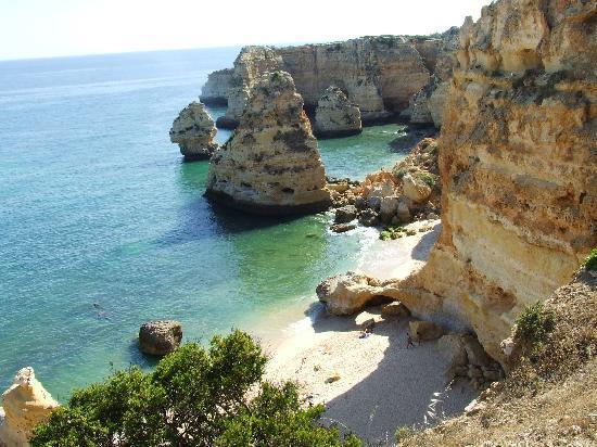 Duas Quintas: Nearby beach