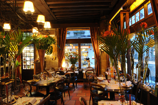 L'Ilot Vache : the room of the restaurant