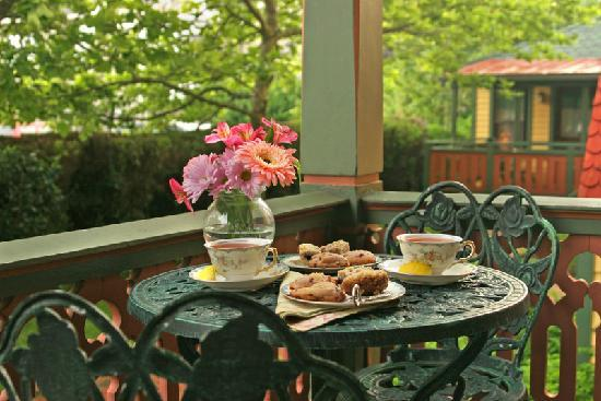 The Queen Victoria: Afternoon Tea on the Porch