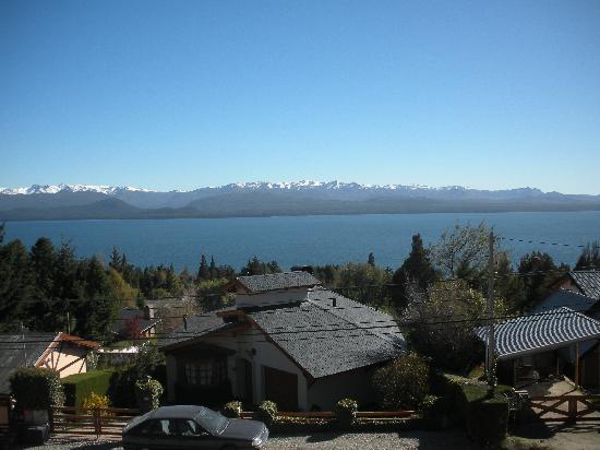 Melipal B&B: Vistas al lago Nahuel Huapi