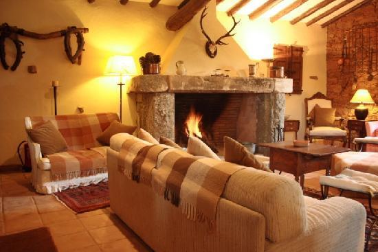 San Martin de Trevejo, สเปน: finca la ramallosa - salon