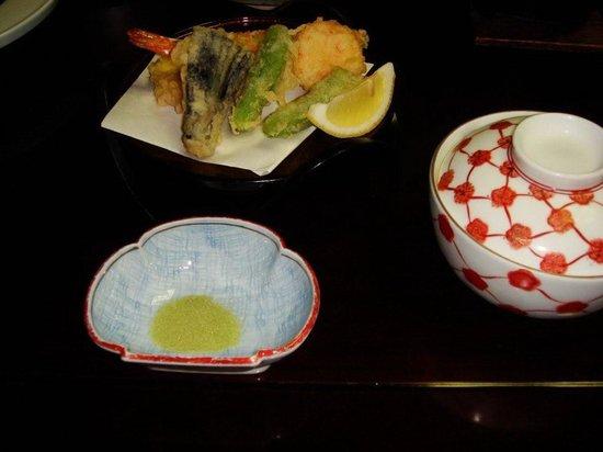 Sarusawaike Yoshidaya: Tempura de verduras
