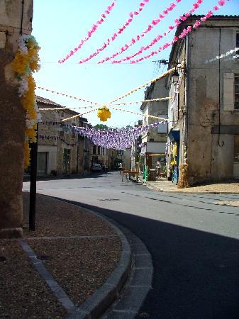 Saint-Jory-de-Chalais, France: Le Spardos