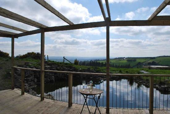 Ballyduff, Ireland: Relax on the deck overlooking the pond