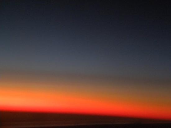 Punta Cana, Dominican Republic: Sonnenaufgang aus dem Flugzeug aus