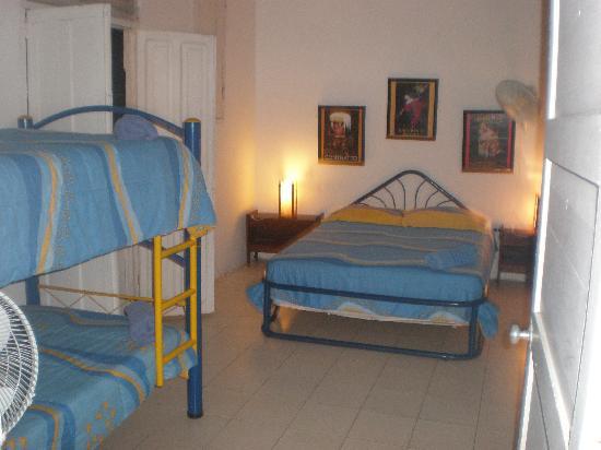 Hotel-Hostal Santo Domingo : sencillo y comodo