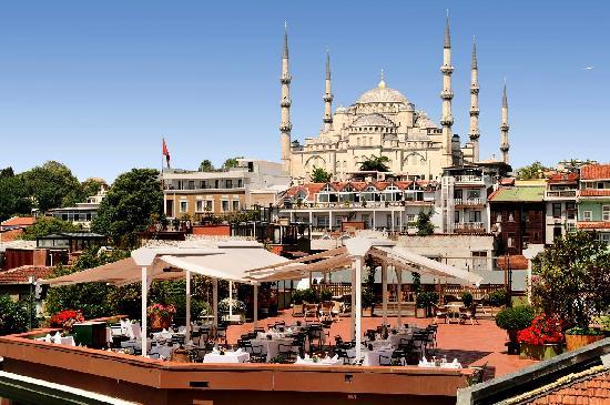 Armada Istanbul Old City Hotel: Terrace Restaurant