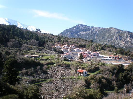 Ilaeira Mountain Resort : View to the resort