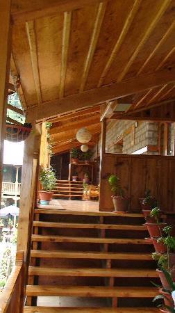 Negi's Hotel Mayflower: Balkon