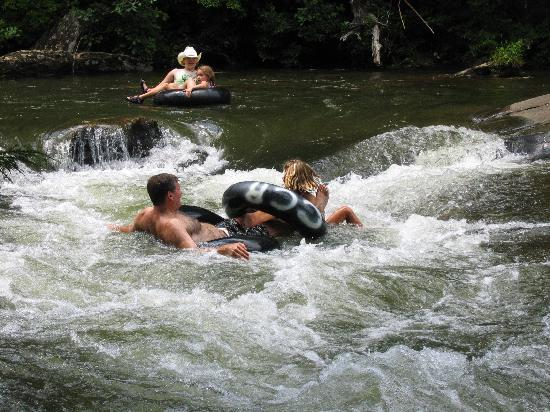 Clear Creek Guest Ranch: Tubing in the South Toe