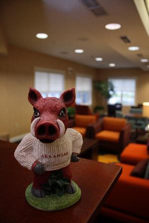 Residence Inn Springdale: Go Hogs!