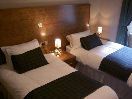 Argyll Hotel: Twin Bedroom