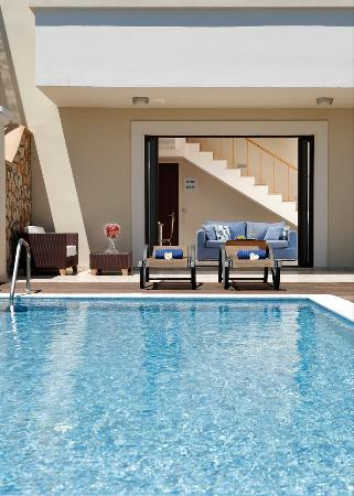 Al Mare Villas: Classic Villa