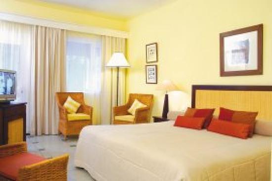 Tarisa Resort & Spa: La chambre