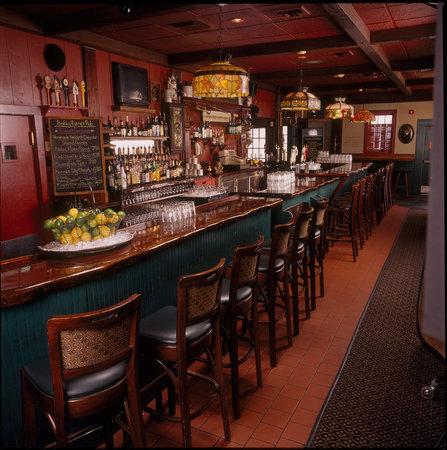 Bobby Byrne's Restaurant & Pub: Original Pub