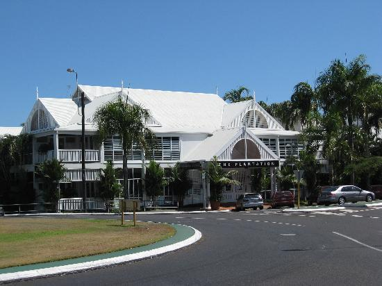 The Hotel Cairns: Plantation is the hotel restaurant - and smartest part