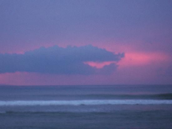 Maui Kai: The sunsets are beautiful.