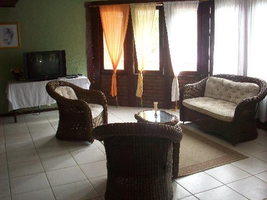 Pousada New Paradise : la sala de estar