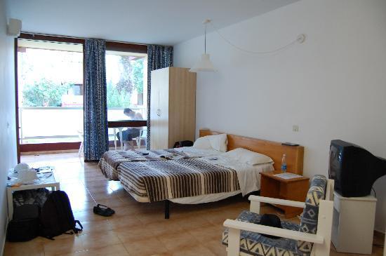 Foto de Hotel Palia Don Pedro, Costa del Silencio: chambre ...: https://www.tripadvisor.com.ve/LocationPhotoDirectLink-g1193637-d506659-i22634847-Hotel_Palia_Don_Pedro-Costa_del_Silencio_Arona_Tenerife_Canary_Islands.html