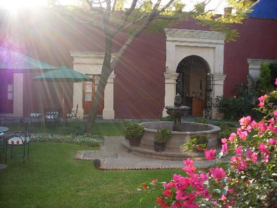 La Quinta Luna : courtyard