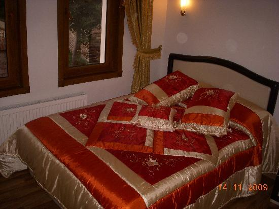 Dara Hotel Istanbul : one small charming room
