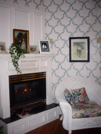 Walnut Street Inn: Sitting area