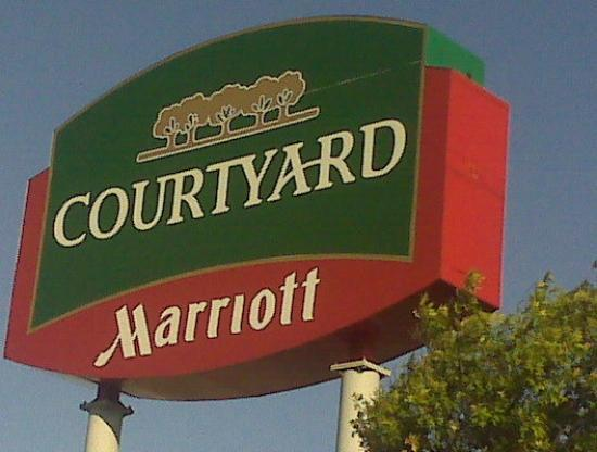 Courtyard Houston by The Galleria: home away from home