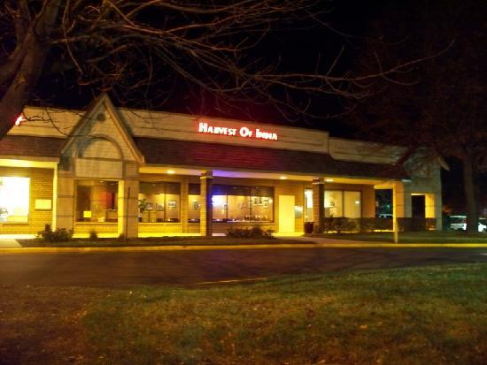 Comfort Inn Dulles International Airport : nearby fancy Indian restaurant (discount for hotel guests)
