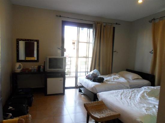 Hotel Cara: Cara Deluxe Room