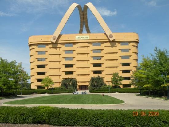 longaberger basket office building in newark ohio off ohio. Black Bedroom Furniture Sets. Home Design Ideas