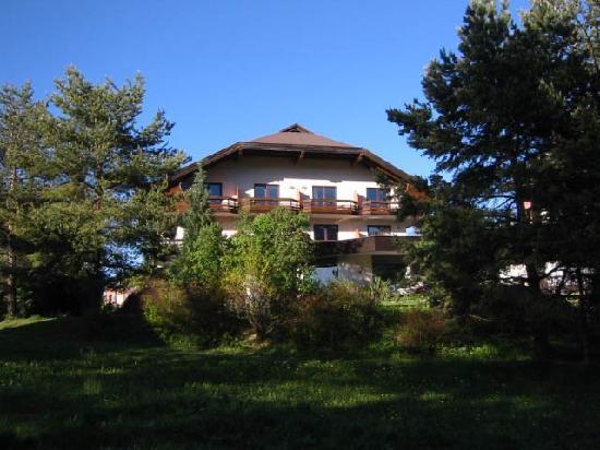Haupthaus Appartements Amrusch