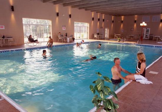 Grand Crowne Resort 89 ̶1̶4̶2̶ Updated 2018 Prices
