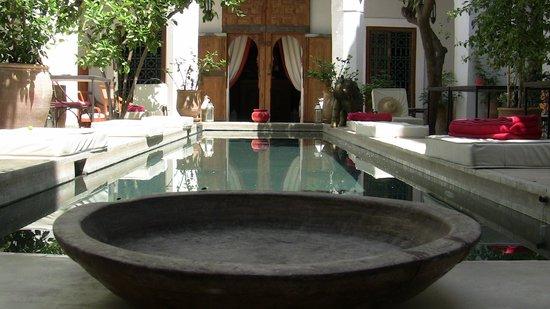 Le Rihani: Le bassin