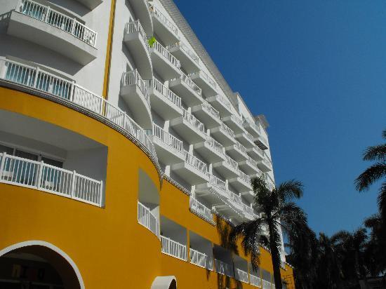 Hotel Krystal Puerto Vallarta: New Tower